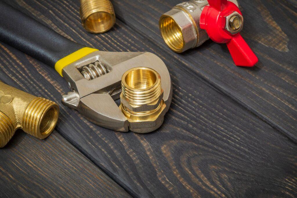 Cuidur - Mantenimiento calefacción - Blog - Caldera y tuberias